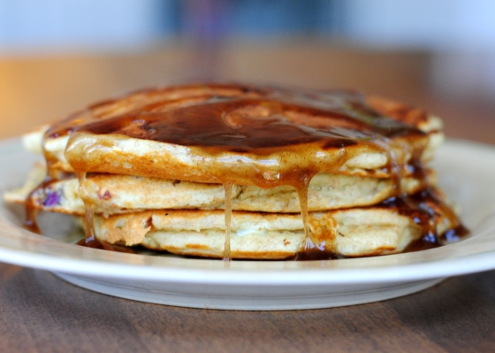 whole wheat blueberry oatmeal pancakes