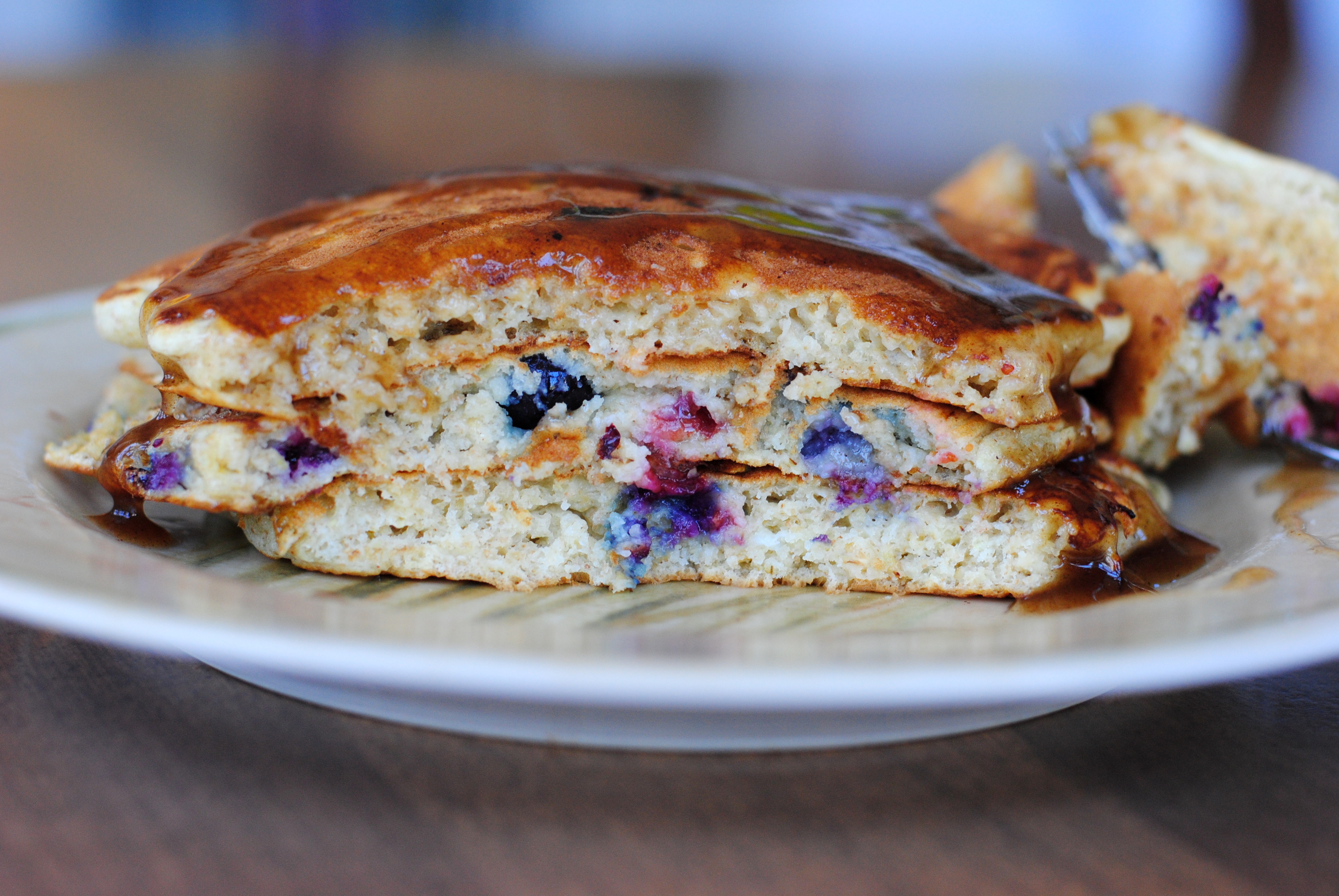 whole wheat blueberry and oatmeal pancakes with cinnamon ...