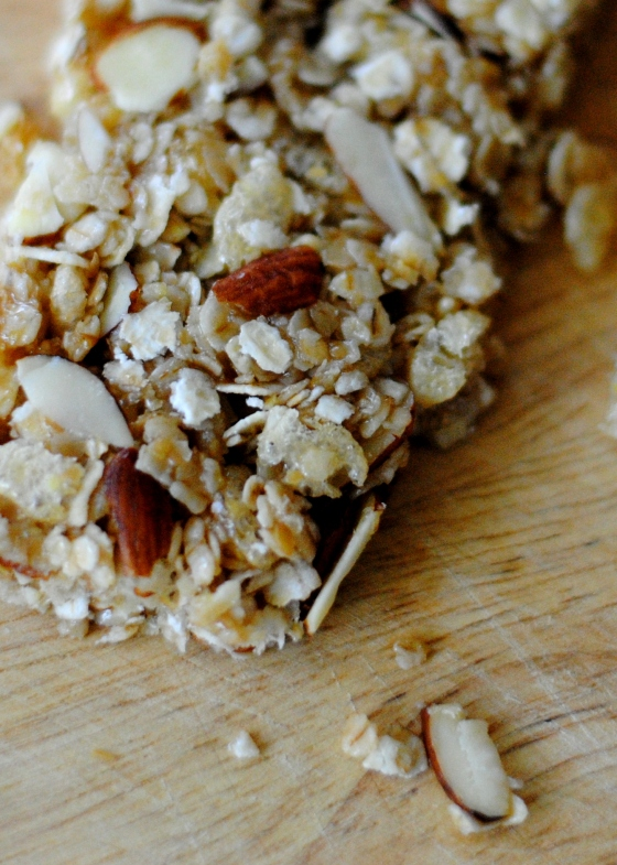 honey almond granola bars